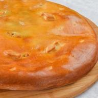 Пирог осетинский с судаком,сыром,грибами Фото