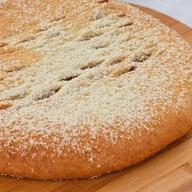Пирог осетинский с финиками, инжиром Фото
