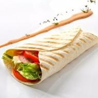 Тортилья с ветчиной и сыром Фото