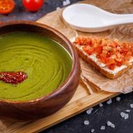 Суп-крем из шпината с брускеттой Фото