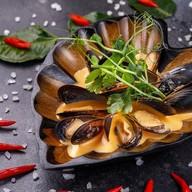 Мидии в соусе Том Ям Фото