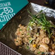 Рис с креветками в янчжоуском стиле Фото