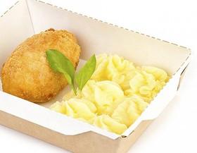 Котлета по-киевски с картофельным пюре - Фото