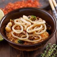 Кальмар в азиатском соусе Фото