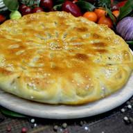 Осетинский пирог с мясом, грибами, сыром Фото