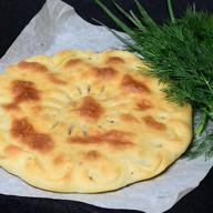 Сибирский пирог с сайрой и рисом Фото