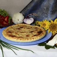 Пирог с тушеной капустой и мясом Фото