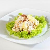 Салат из курицы с ананасом Фото
