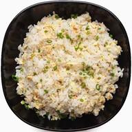 Рис с яйцом и зеленью Фото