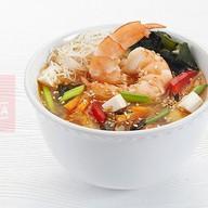 Большой суп с креветками Фото