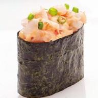 Суши с креветками и авакадо Фото