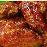 Куриные крылья гриль в медово-сое Фото