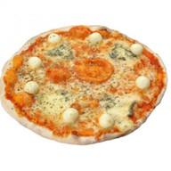 Пицца Четыре сыра Фото
