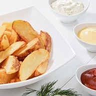 Картофель по-деревенски + соус на выбор Фото