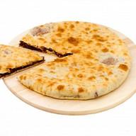 Пирог с картофелем, мясом и сыром Фото