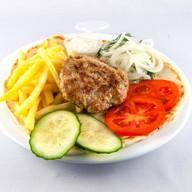 Блюдо бургер с сыром Фото