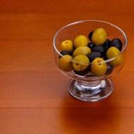 Маслины или оливки Фото