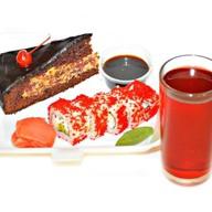 Комплекс ланч роллы и десерт Фото