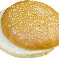 Большая булочка для бургера Фото