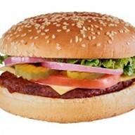 Гамбургер с лососем Фото