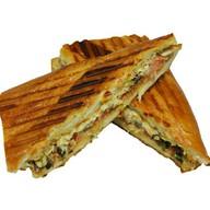 Кубинский сэндвич с курицей и беконом Фото