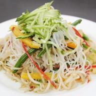 Салат острый фунчёза с овощами Фото