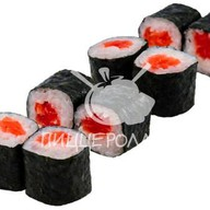 Тонкий ролл с лососем Фото
