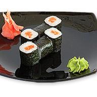 Роллы с копченым лососем Фото