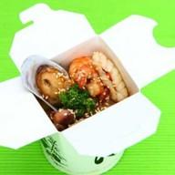 Яичная лапша с морепродуктами Фото