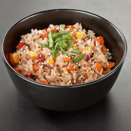 Дикий рис с овощами Фото