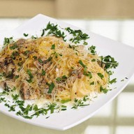 Спагетти с грибами Фото