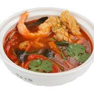 Суп с морепродуктами Фото