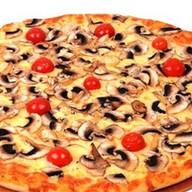 Грибная пицца Фото