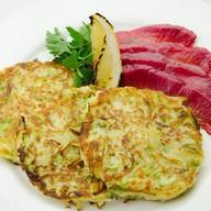 Драники из кабачков с лососем Фото