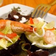 Кокиль из морепродуктов в волован Фото
