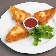 Жареный сыр Сулугуни Фото