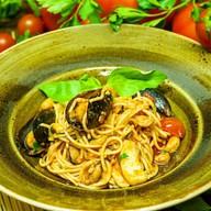 Спагеттини с морепродуктами Фото