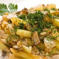 Жареный картофель по-домашнему Фото
