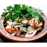 Овощной салат 4 сезона со сметаной Фото