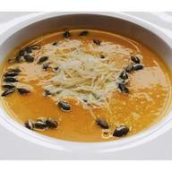 Крем-суп из тыквы с семечками,пармезаном Фото