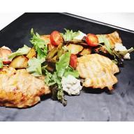 Салат с индейкой, баклажаном и фасолью Фото