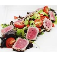 Салат с тунцом-гриль Фото