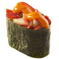 Спайси суши с моллюском хоккигай Фото