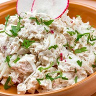 Грузинский салат с курицей и луком Фото