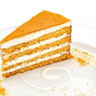 Морковно-кокосовый торт с сырным кремом Фото