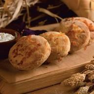 Картофельные печенеги с сыром и сметаной Фото