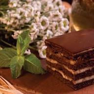 Медовик на топленом шоколаде Фото