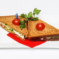 Сэндвич с курой Фото