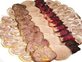 Мясные деликатесы - Фото