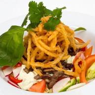 Шеф-салат из ростбифа Фото
